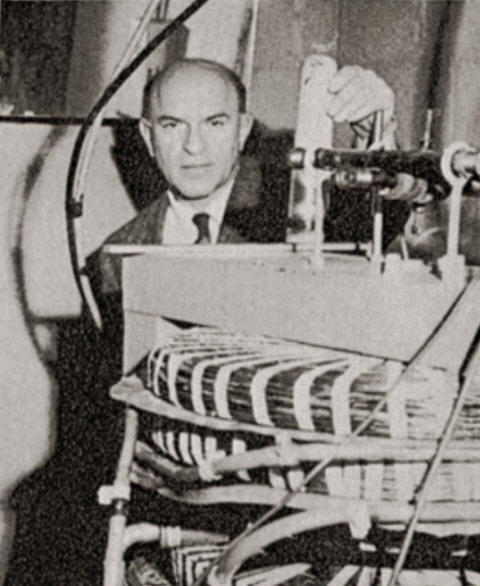 Alfred Bender with cyclotron.
