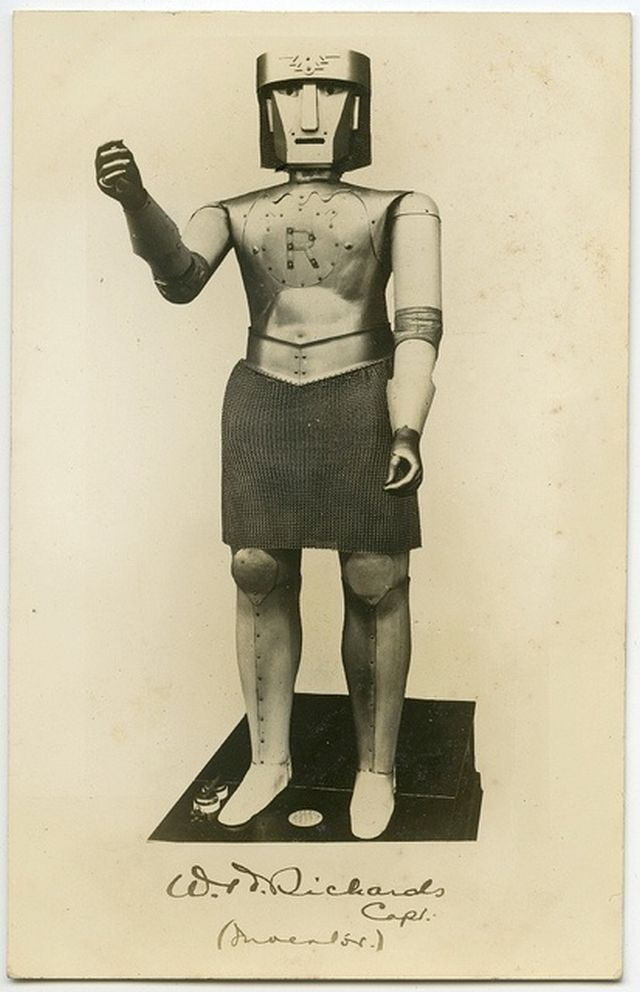 george-capt-richards-robot-1930-x640