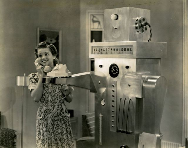 Roll oh robot 1940 4 x640 1940   Roll Oh the Domestic Robot   (American)