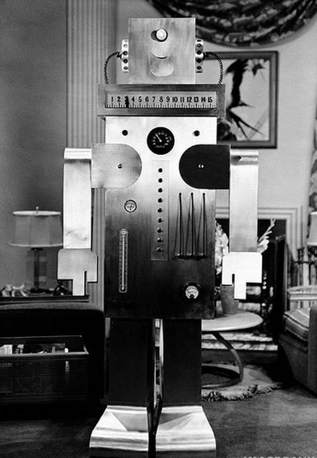 Roll oh robot 1940 9 x640 1940   Roll Oh the Domestic Robot   (American)
