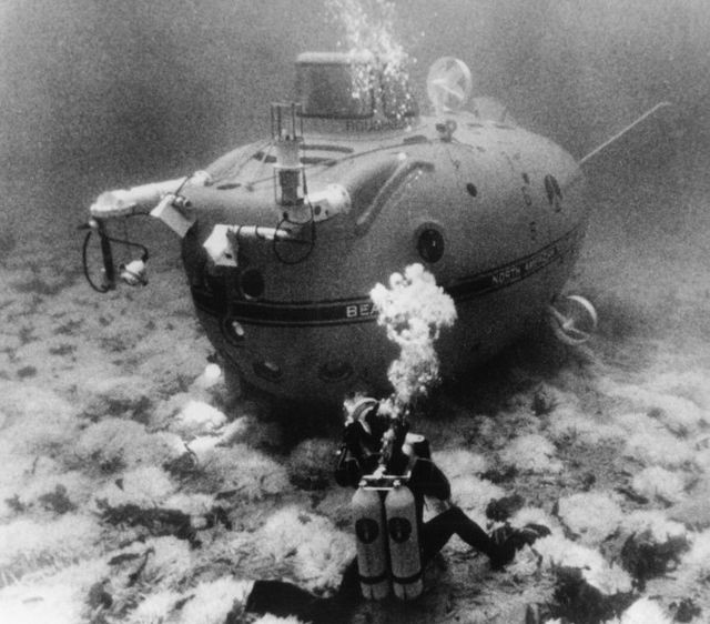 UNSPECIFIED - JANUARY 01:  Submarine Beaver Mark Iv In 1970.  (Photo by Keystone-France/Gamma-Keystone via Getty Images)