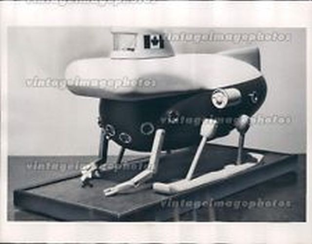1970 Ottawa Scaled Model Submersible Canada Armed Forces Submarine Press-x640