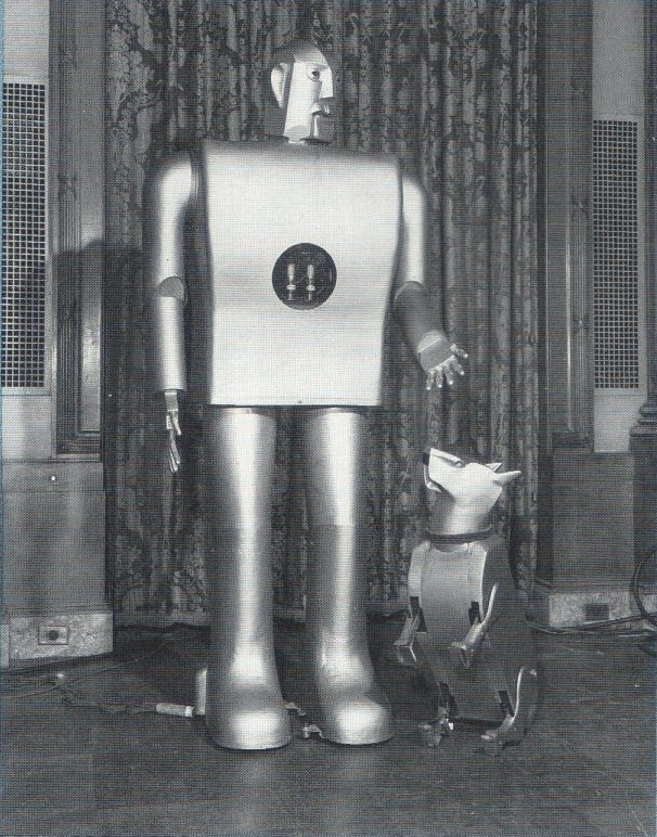 ElektroJ7p1 x640(1) 1940   Sparko the Robot Dog    (American)