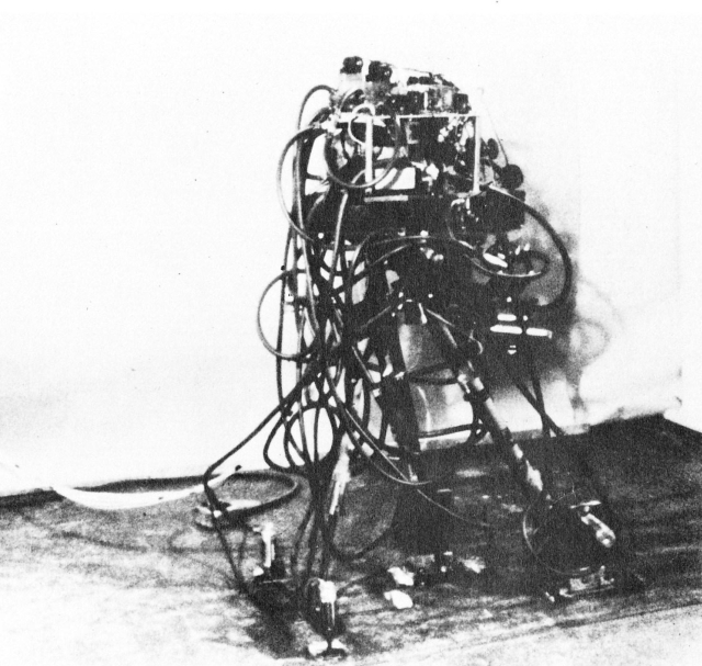 Grundmann tripedal walker 1 x640 1971   A computer controlled multi task powered exoskeleton for paraplegic patients   Jack George Grundmann / Ali Seireg (American)