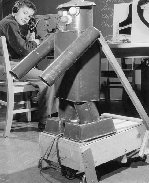 JohnFischer1957Wisconsin Early Schoolboy / Science Fair Robots