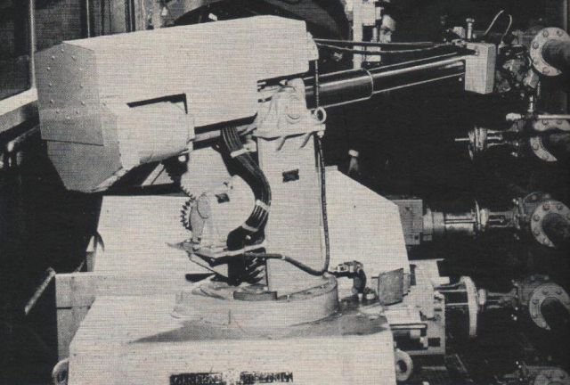 PM1950 GE Robot p2 x640 1950   General Electric Robotic Manipulator   (American)