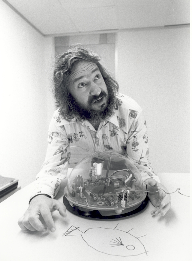 Papert x640 1969   The Logo Turtle   Seymour Papert et al (Sth African/American)