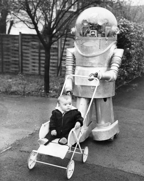 Tinker WisconsinHistory x640 1966   Tinker the Robot   Dennis Weston (British)