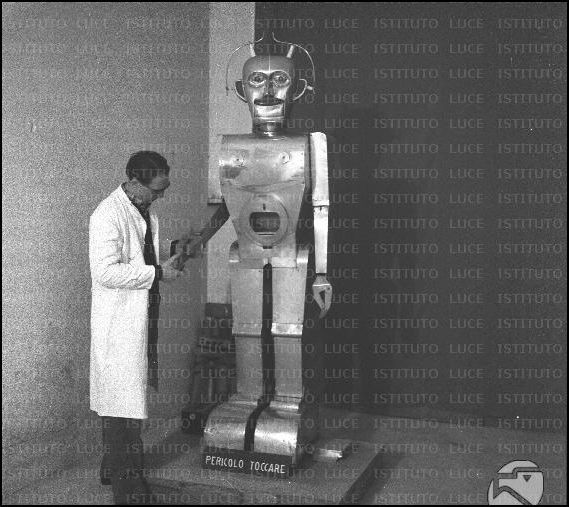 anatole 12031958 p3 x640 1948   Anatole the Robot (nee Marsulus and Gustave)   M. Koralek / Jean Dusailly (French)