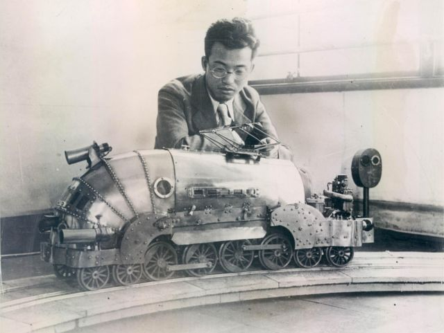 aizawa train 1936 press 1 x640 1936   Robot Remote Controlled Train   Jiro Aizawa (Japanese)