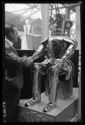 monsterrobot1932dailyheraldarchive 1932   Alpha the Robot   Harry May (English)